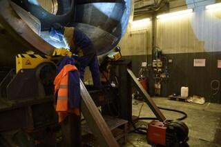Incidente sul lavoro a Sulbiate: giovane operaio muore schiacciato da una pressa