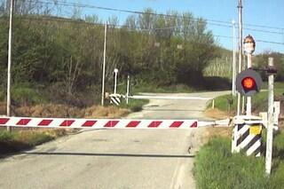 Rezzato, scontro tra treno e auto al passaggio a livello: chiusa la linea Milano-Venezia