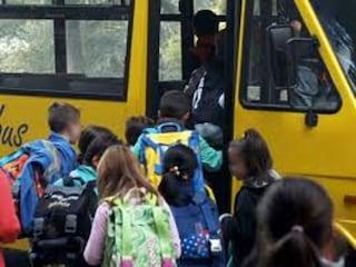 Magenta, tre scuole restano chiuse oggi per i danni causati dal vento