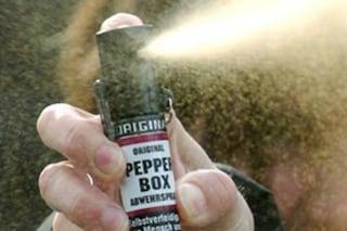 Spray al peperoncino in una scuola di Sondrio: otto studentesse intossicate e portate in ospedale