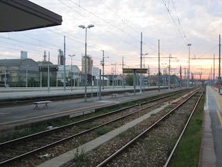 Guasti a treni e rotaie: traffico in tilt e ritardi sulle linee Milano-Pavia e Milano-Domodossola