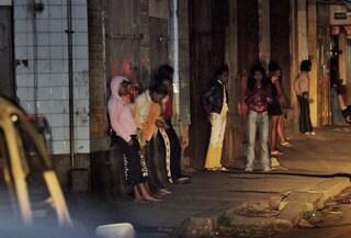 Riti magici, violenze e minacce per costringere le ragazze a prostituirsi: tre arresti a Brescia