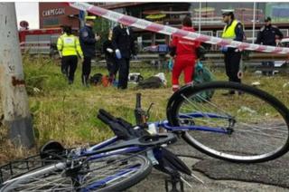 Magenta, ciclista investito da un'auto batte la testa sull'asfalto: è gravissimo
