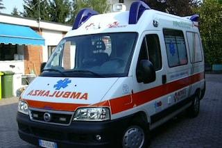 Bergamo, bimba di 9 anni vola dalla finestra del quarto piano e muore sul colpo