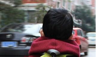 Desio, bambino di 8 anni scappa da scuola lanciandosi dalla finestra: illeso