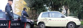 Brescia, ingrana la retromarcia per sbaglio: 79enne investe e uccide la moglie