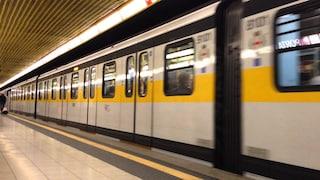 Milano, metro travolge un uomo nella galleria della stazione Brenta: morto un 50enne