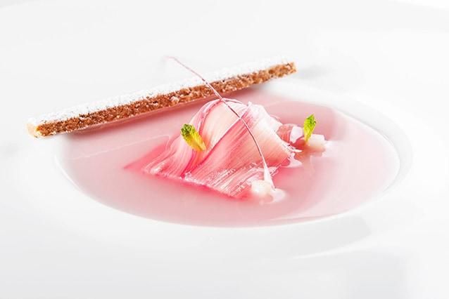 """Piatto del menù de """"Il luogo di Aimo e Nadia"""" (Facebook)."""