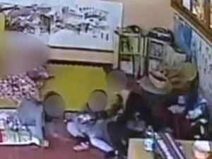 Bambini maltrattati in un asilo (Immagine di repertorio)