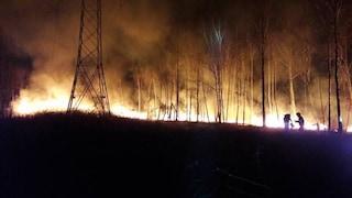 Appicca tre incendi vicino a Milano: arrestato piromane di 36 anni