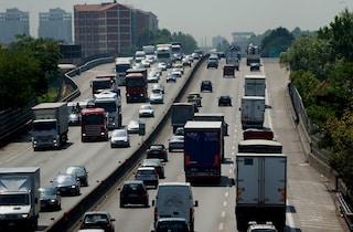 Maxi incidente sull'Autostrada A8 in direzione Milano: due feriti e code lunghe chilometri