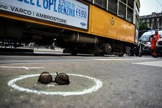 Milano, anziana travolta da un tram a Citylife: è grave