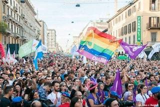 Milano Pride, un carro per i migranti Lgbt e un nastro per la Sea Watch e la capitana Carola Rackete