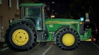 Incidente sul lavoro nel Pavese, 71enne muore schiacciato da un trattore