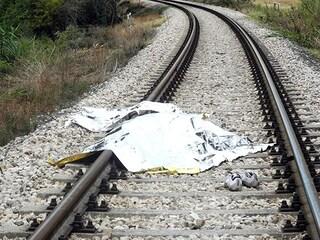 Desenzano sul Garda (Brescia) investimento ferroviario: morta una donna travolta da un treno