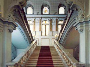 L'ingresso di Palazzo Litta (dalla pagina Facebook Palazzo Litta Cultura)