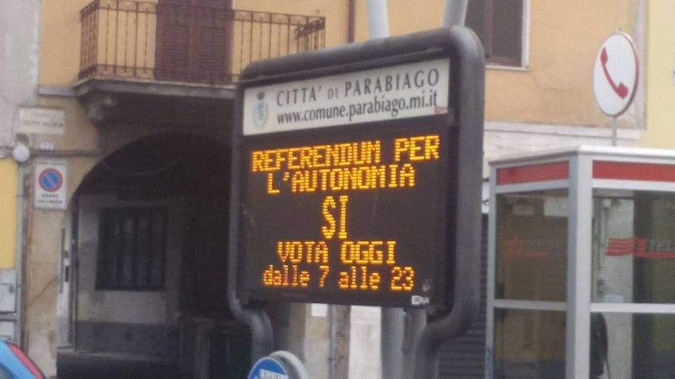 La foto denuncia di Pietro Bussolati (Facebook)