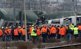 Incidente ferroviario a Pioltello: un buco tra i binari nel punto del deragliamento