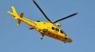 Incidente in montagna a Endine Gaiano, donna precipita per venti metri: morta sul colpo