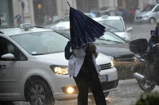 Pioggia intensa a Milano, traffico in tilt in città e su autostrade e tangenziali