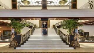 Milano, 90% strutture chiuse: giovedì 18 giugno presidio lavoratori del Turismo per chiedere tutele