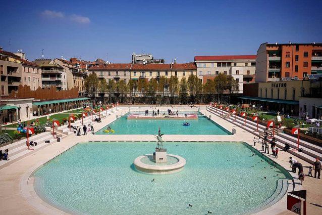 Milano euro per una giornata in piscina critiche sui social