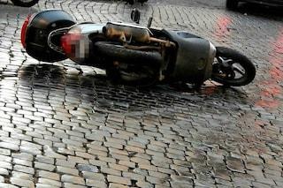 Brescia, 18enne in sella al suo scooter viene travolto da un'auto: è gravissimo