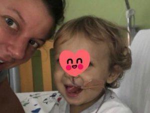 Foto pubblicata su Facebook dalla mamma del piccolo Tommaso