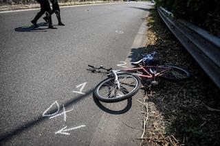 Milano, ciclista travolto e ucciso mentre si reca a lavoro: è caccia al pirata della strada