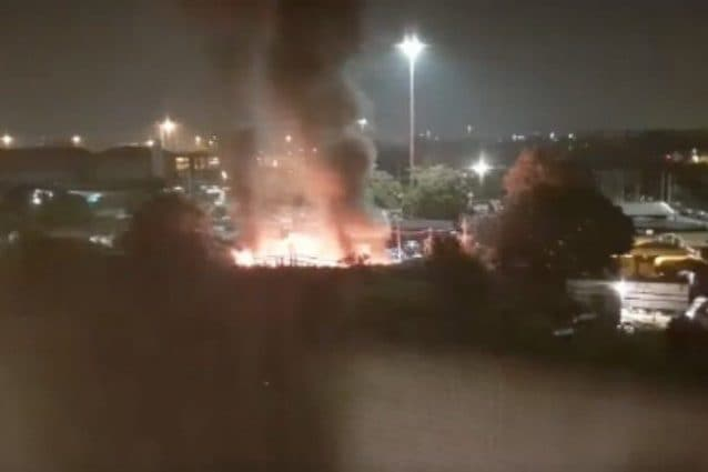 L'incendio nel campo rom in via Bonfadini del 2013