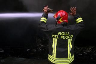 La mamma di Wanda Nara accende un fuoco in giardino: incendio nella villa di Icardi a Como