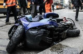 Milano, incidente tra auto e moto sulla tangenziale est: traffico bloccato