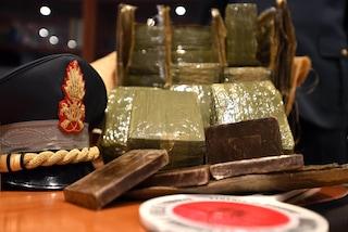 Operazione della guardia di finanza di Brescia: 32 arresti, 157 chili di droga sequestrati