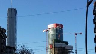 Meteo Milano: inizio settimana con sole e vento forte, ma venerdì potrebbe arrivare la neve