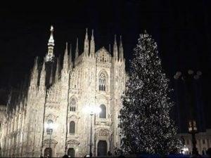 L'albero di Natale di piazza Duomo a Milano