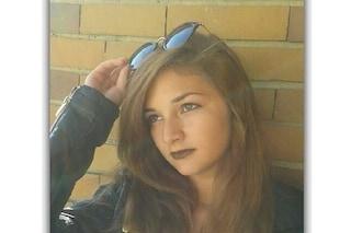 Ragazza di 15 anni scomparsa da casa a Fino Mornasco: appello sui social per Anna