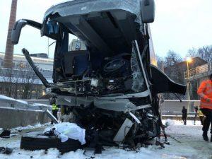 Il pullman Flixbus coinvolto nell'incidente