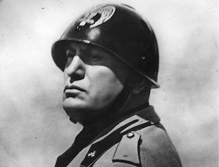 Bergamo, Benito Mussolini cancellato dai cittadini onorari: ma il sindaco Gori si astiene dal voto