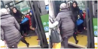 Mamma col passeggino insultata e schiaffeggiata sul bus a Milano da un'anziana: scatta la denuncia