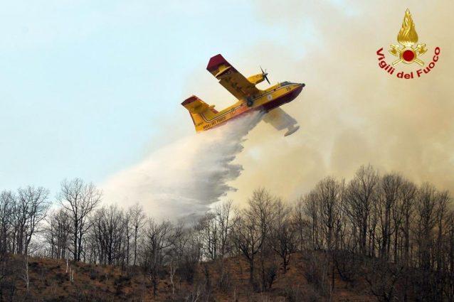 I Candair in azione (Foto Vigili del fuoco)