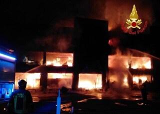 Strage sfiorata a Darfo Boario Terme (Brescia): incendio in una palazzina piena di bombole di gas