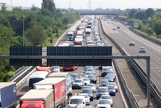 Incidente sull'Autostrada A4 ad Agrate: due feriti e traffico in tilt, nove chilometri di coda