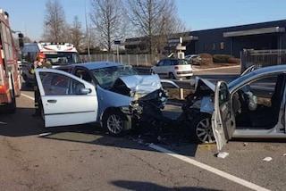 Incidente frontale tra due auto a Vanzaghello: un morto e un ferito grave