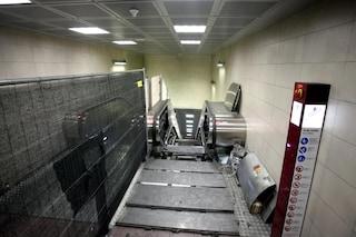 Metro linea M2 a Milano, cade un gradino della scala mobile alla fermata Loreto