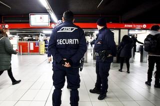 Milano, frenata improvvisa della metro: due persone ferite a Cadorna