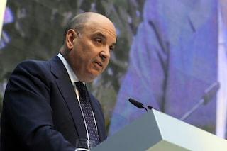 L'ex ad di Trenord Giuseppe Biesuz arrestato all'aeroporto di Linate: è stato condannato per truffa