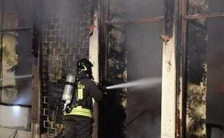 Pavia, paura nella notte: esplode bar in pieno centro, evacuate sei famiglie