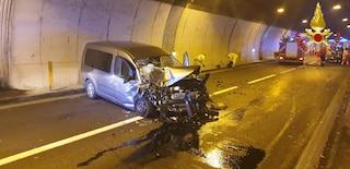 Incidente in galleria sulla Superstrada 36 a Lierna: van tampona un'ambulanza, quattro feriti