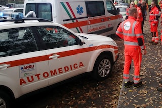 Incidente a Seriate, auto sbanda e centra un furgone: grave un uomo, feriti moglie e figli piccoli