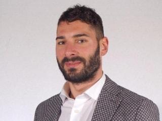 Brescia, la sua Smart si schianta frontalmente con un camper: morto il 27enne Davide Leali